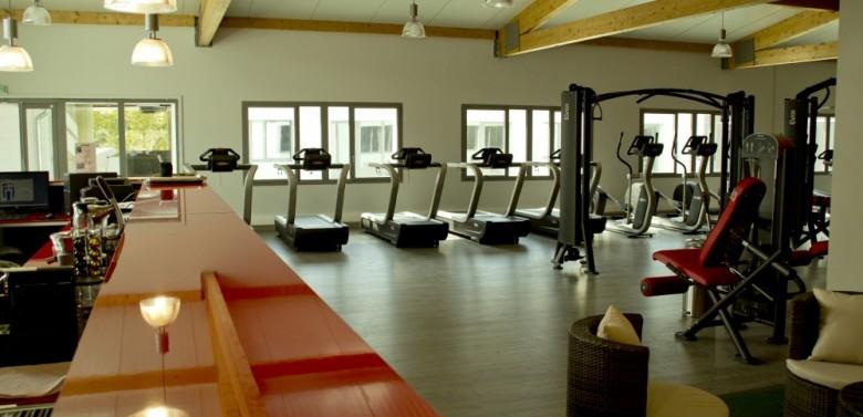 d passez vous au cross training salle de sport aix. Black Bedroom Furniture Sets. Home Design Ideas